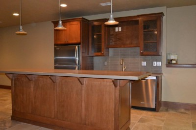 Wet Bar with Island