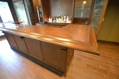 Wet Bar with Raised Snack Bar